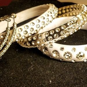 Jewelry - Vintage rhinestone lucite bangles and earrings